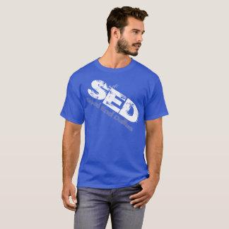 Camisa distorcida gráfico do SED