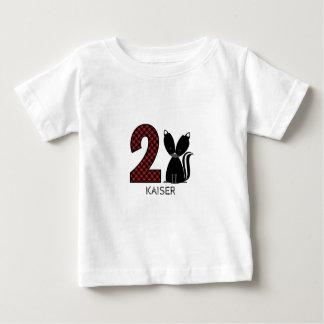 Camisa do aniversário da xadrez da jaritataca do