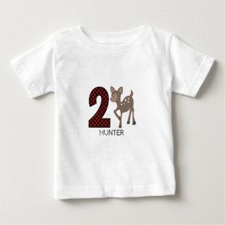 Camisa do aniversário da xadrez dos cervos do bebê