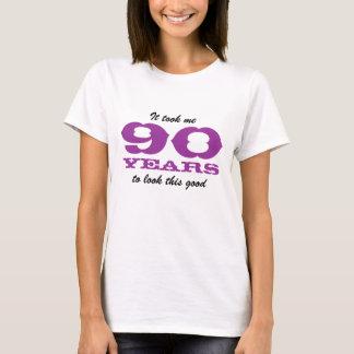 Camisa do aniversário para a mulher das pessoas de