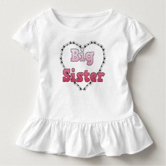 Camisa do anúncio da irmã mais velha