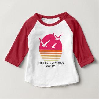 Camisa do basebol do bebê da praia da família de
