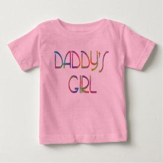Camisa do bebê da menina do pai