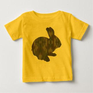 Camisa do coelhinho da Páscoa da silhueta da Camiseta