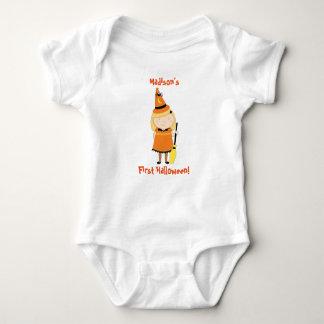 Camisa do Dia das Bruxas do bebê primeira, bruxa