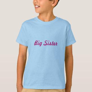 Camisa do divertimento para uma irmã mais velha