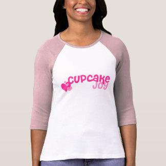 Camisa do logotipo da alegria do cupcake