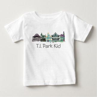 Camisa do miúdo do parque do TI