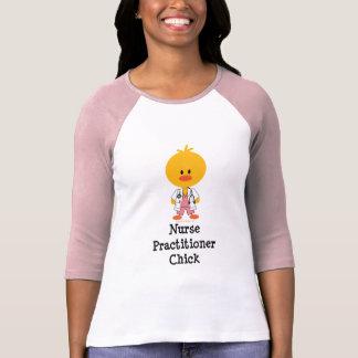 Camisa do pintinho do médico da enfermeira