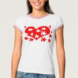 Camisa do quebra-cabeça do coração