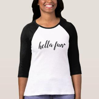 Camisa do Raglan do divertimento de Hella