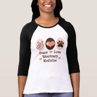 Camisa do Raglan T da medicina veterinária do amor