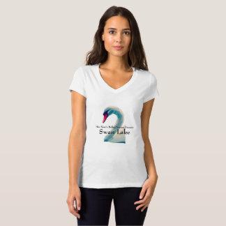 Camisa do V-Pescoço do lago swan das mulheres