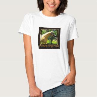 Camisa dourada do cetim T T-shirt