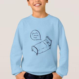 Camisa e roupa da piada da cama