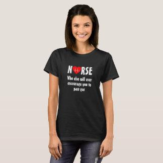 Camisa engraçada da enfermeira