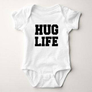 Camisa engraçada do bebê da vida do abraço