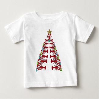 Camisa feia do partido bonito da árvore de Natal