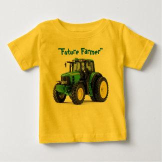 Camisa futura do bebê do fazendeiro