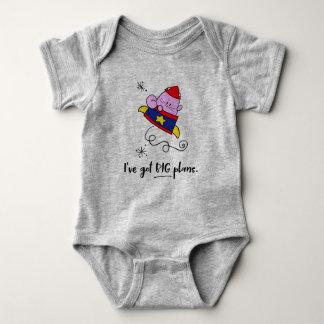 Camisa grande do bebê do gato do astronauta dos