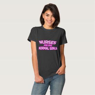 Camisa impressionante da enfermeira - t-shirt