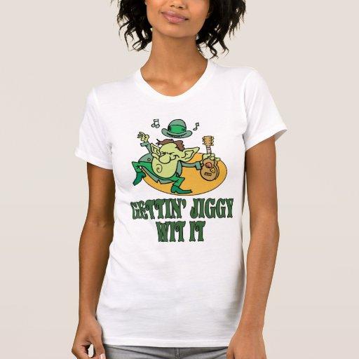 Camisa irlandesa do gabarito T Tshirt