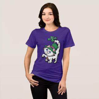 Camisa irlandesa do gatinho dos desenhos animados
