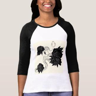 Camisa longa da luva para mulheres. À moda e