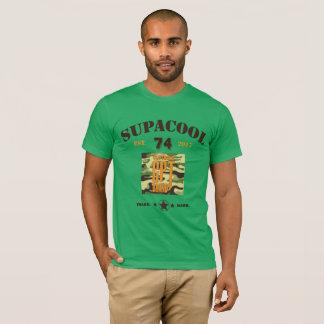 Camisa militar inspirada