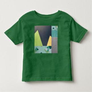 Camisa mural das crianças da colagem das montanhas