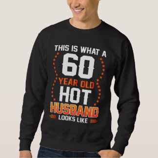 Camisa para o marido. Traje para o 60th