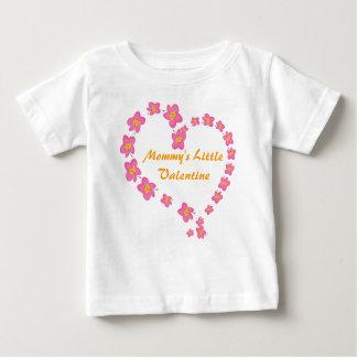 Camisa pequena do coração da flor dos namorados da