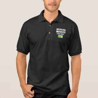Camisa Polo Instalando os músculos satisfaça esperam