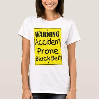 Camisa propensa a los accidentes de advertência do