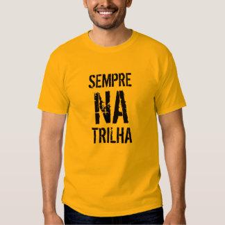 Camisa Sempre na Trilha Básico Tshirt