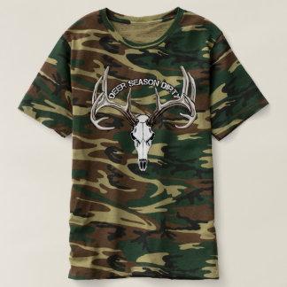 Camisa suja do camo da estação dos cervos