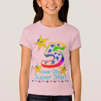 Camisa super da estrela da criança de 5 anos das