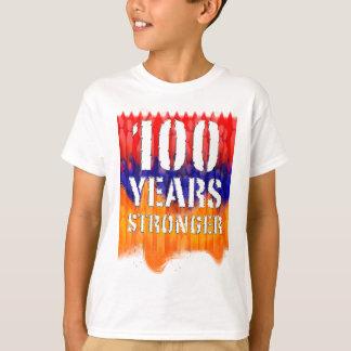 Camiseta 100 anos de arménio mais forte caçoam o t-shirt