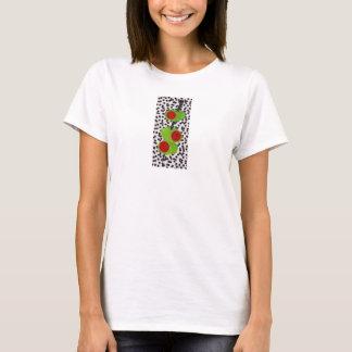 Camiseta 3 azeitonas no branco