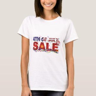 Camiseta 4o do texto da venda de julho com confetes da