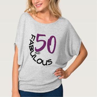 Camiseta 50 e tipografia roxa & preta fabulosa