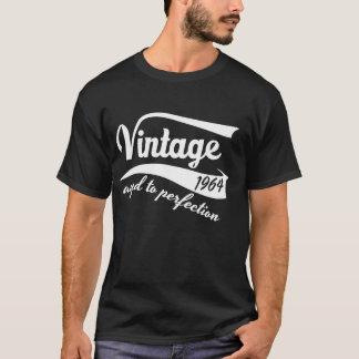 Camiseta 50th vintage do aniversário envelhecido ao branco