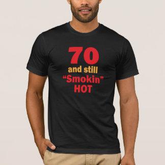 Camiseta 70 anos velho e ainda Smokin quente