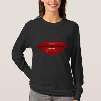 Camiseta A água encarnado deixa cair os lábios