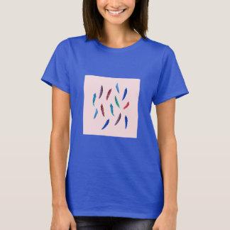 Camiseta A aguarela empluma-se o t-shirt básico das