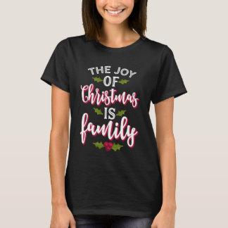 Camiseta A alegria do Natal é família bonito