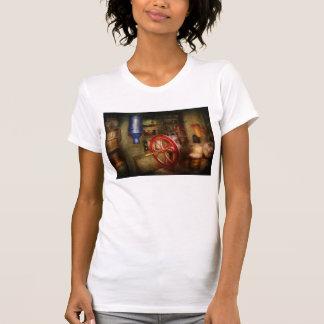 Camiseta A americana - loja - tudo é para a venda