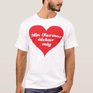 Camiseta A avó ama-me (os sueco)