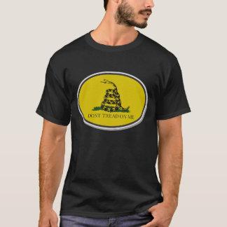 Camiseta A bandeira de Gadsden não pisa em mim o design