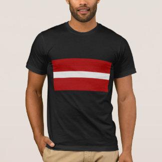 Camiseta A bandeira de Latvia